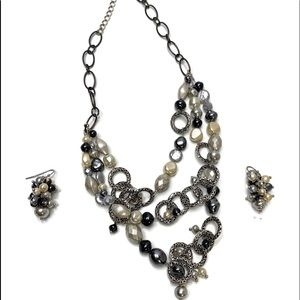 Chico's chunky Silver Circle & Pearl Necklace Set